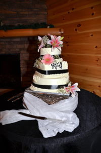 wedding cakes at angels view
