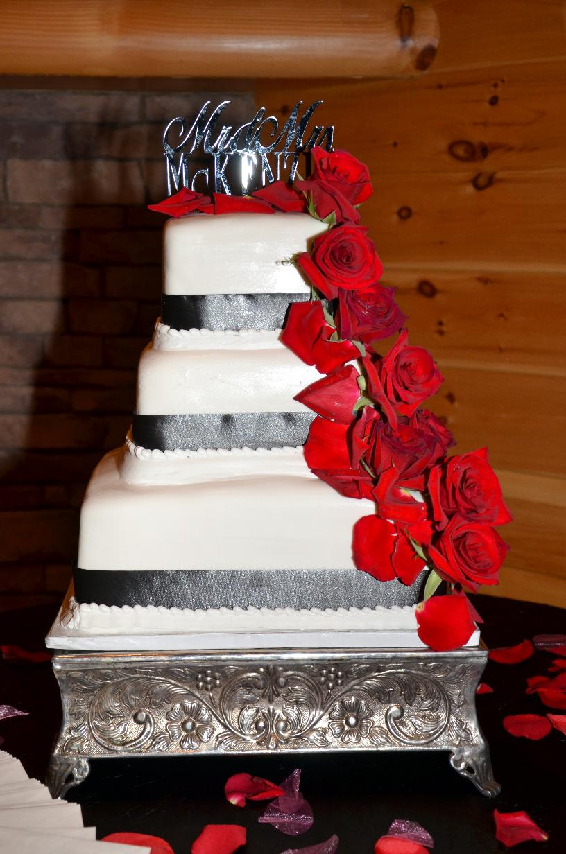 wedding cakes in gatlinburg