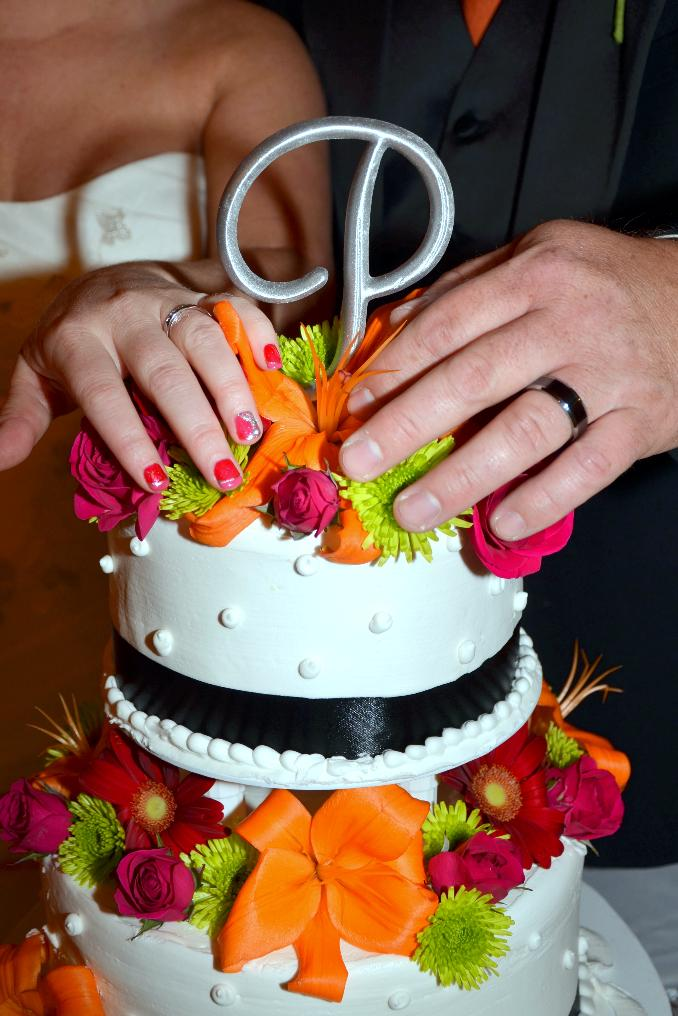 wedding cakes in pigeon forge